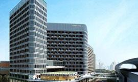 现代商业钢结构建筑